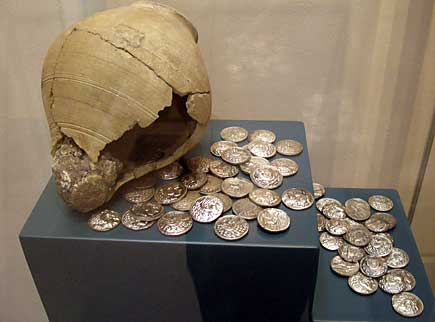 Imiitayion Greek coins dating back to the 2nd century BC